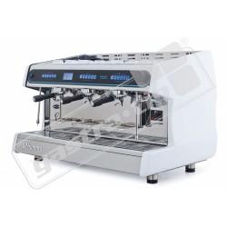 Třípákový kávovar Pacific III MB